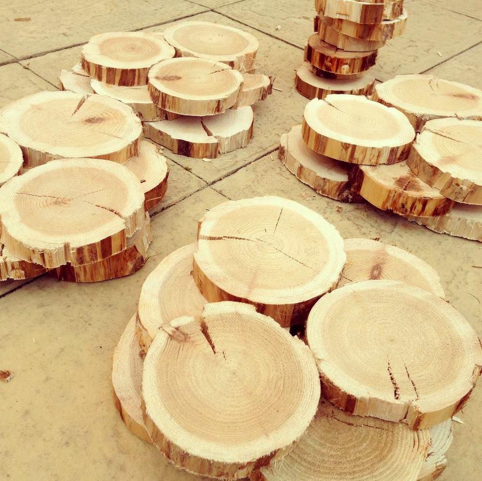 Wood Log Decoration - Home Decorating Ideas