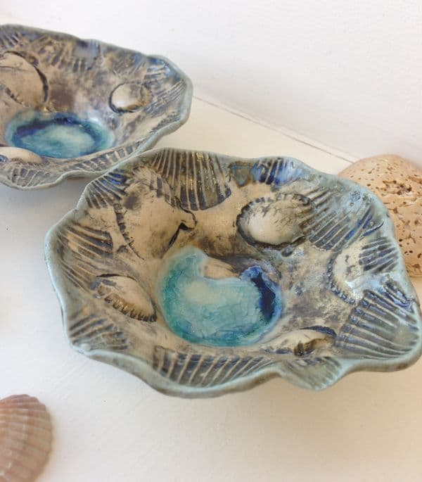 pair of seashell tealight bowls