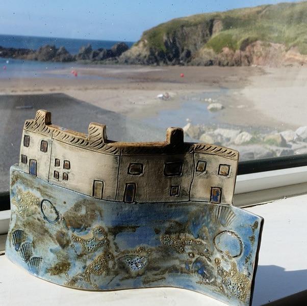 Ceramic Seaside Cottages curve