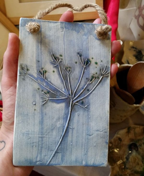 blue cow parsley ceramic plaque