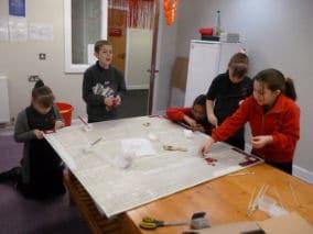 children_making_mosaic