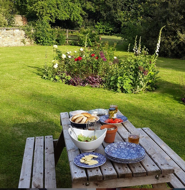 barbecue in a beautiful garden