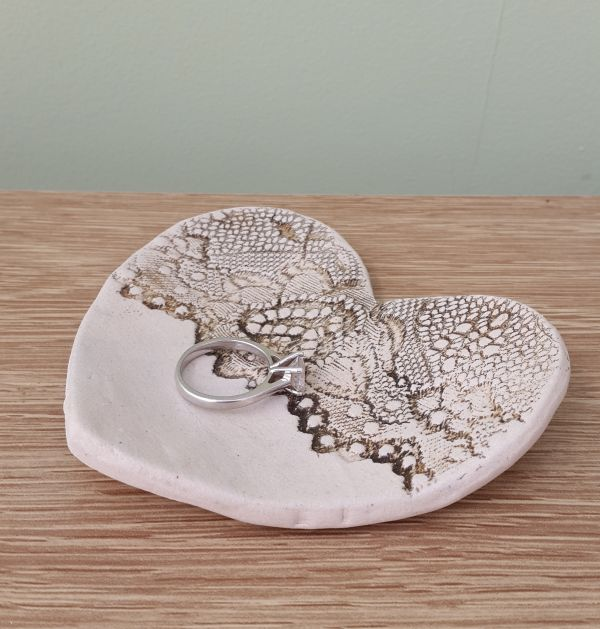 natural lace ceramic heart ring dish