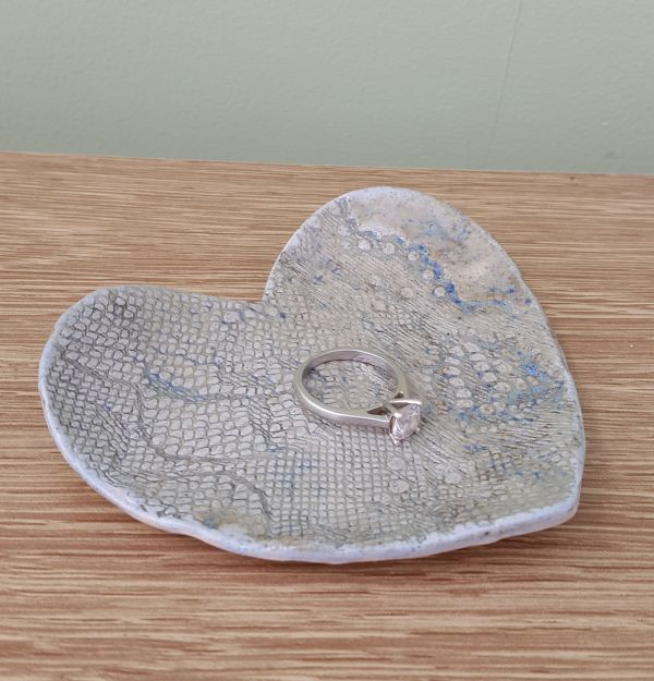 wedding ring heart dish
