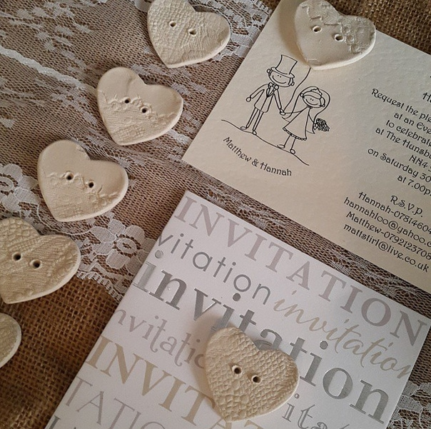 ceramic-lace-buttons-on-invitations