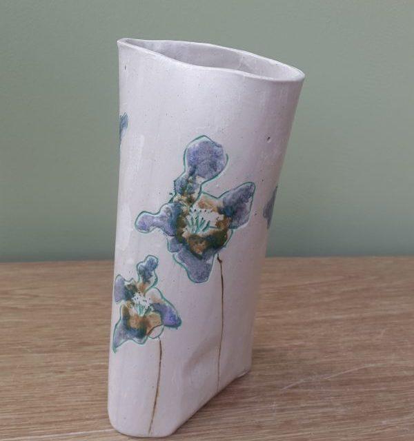 lilac flowers vase