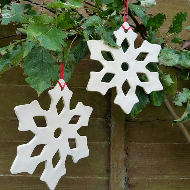 ceramic snowflake decoration
