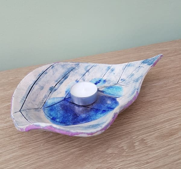 blue ceramic leaf dish