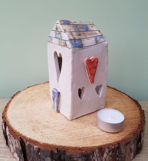 ceramic tea light house love hearts