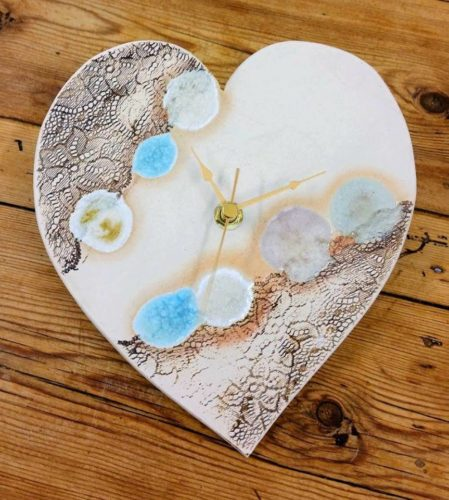 HEART LACE CLOCK