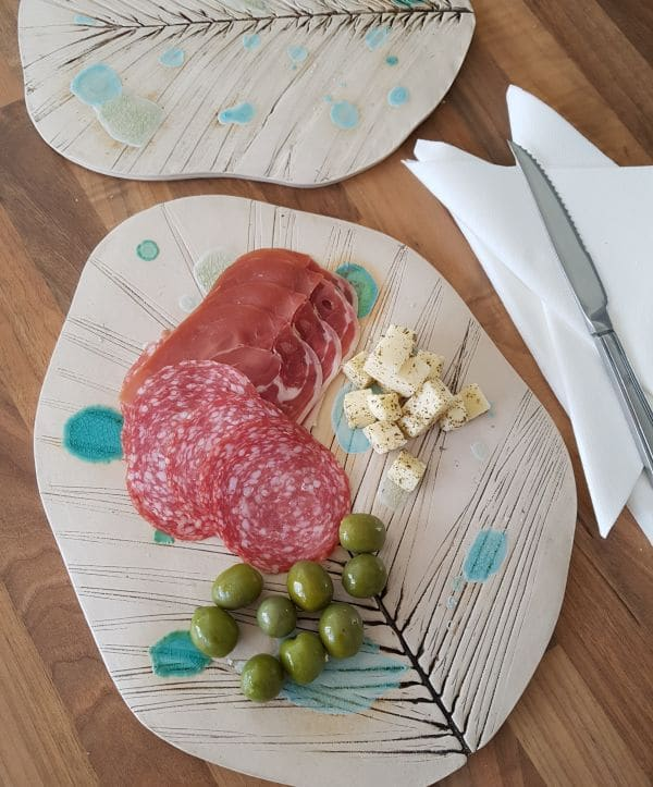 ceramic leaf serving platter