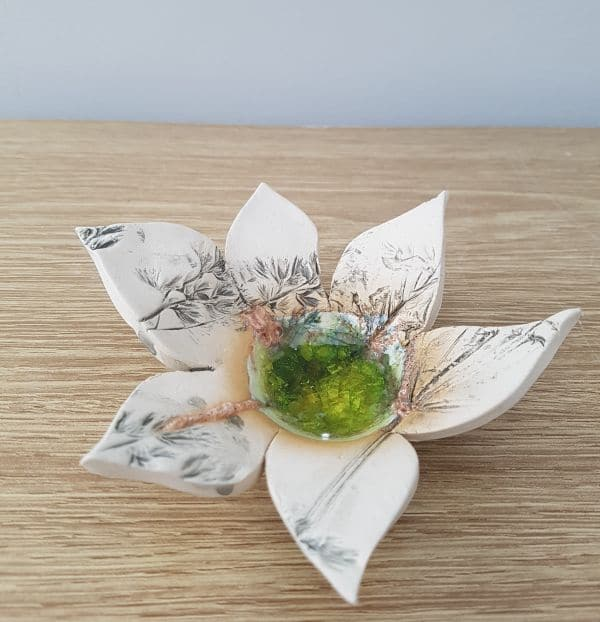 ceramic flower tea light dish