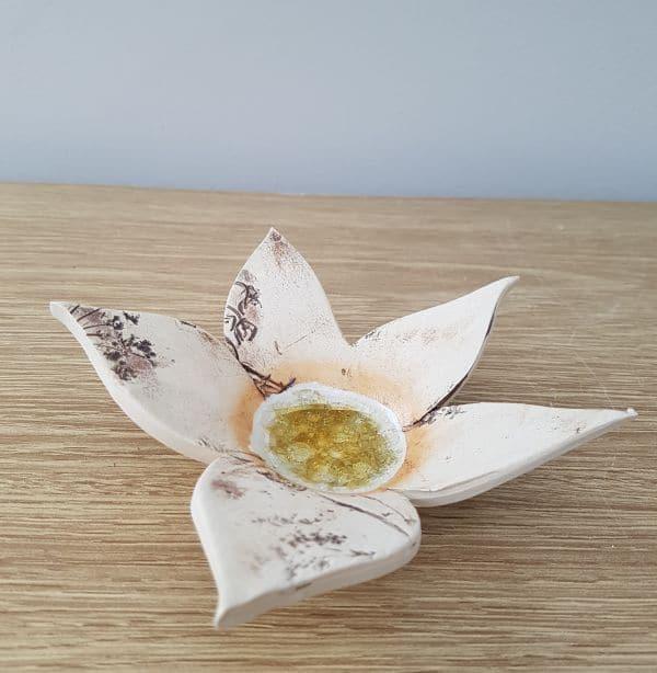 ceramic petal tea light holder