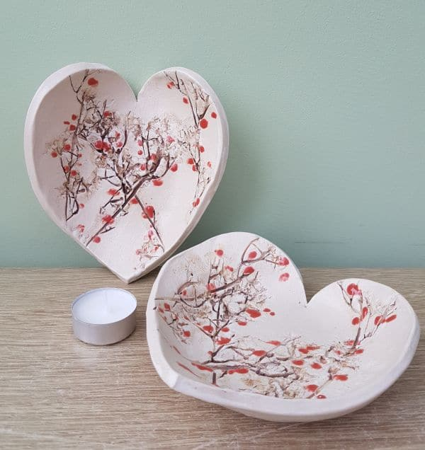 red berries ceramic heart dishes