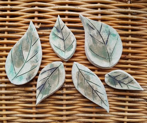 ceramic leaf magnets