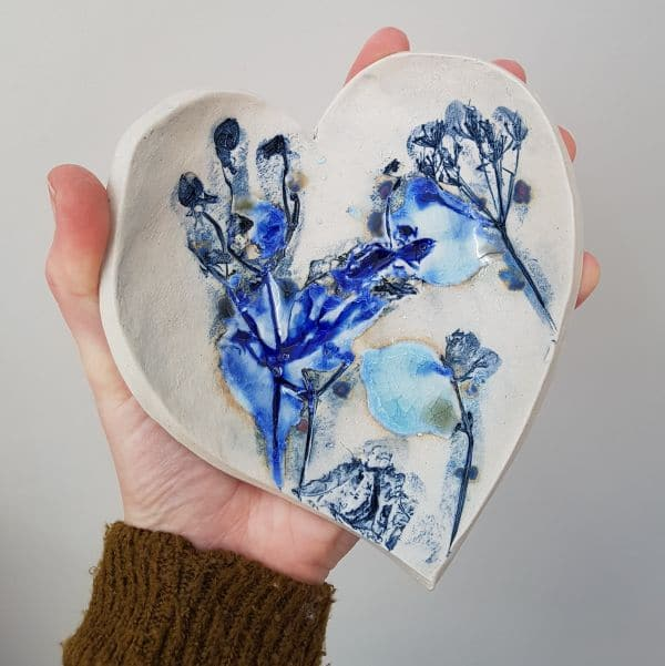 blue botanical ceramic heart dish