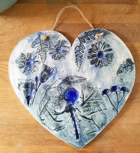 blue floral heart hanging