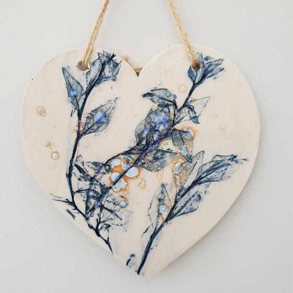 blue leaf ceramic heart plaque