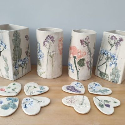 wedding flower ceramic vases and coasters