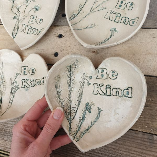 be kind ceramic heart dish