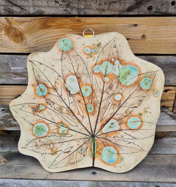 ceramic leaf wall hanging